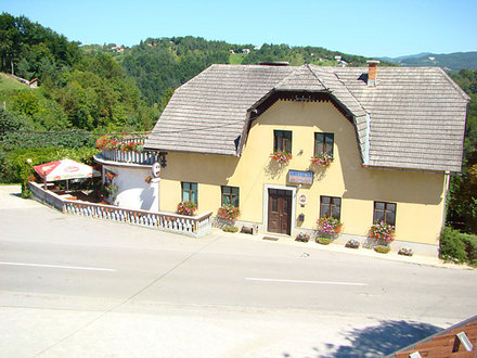 Restaurant Tončkov dom, Dolenjska