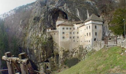 Il castello Predjamski grad, Postojna