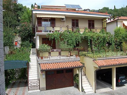 Vera apartments, Coast