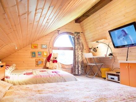 blockh tte alpinka krvavec die julischen alpe. Black Bedroom Furniture Sets. Home Design Ideas