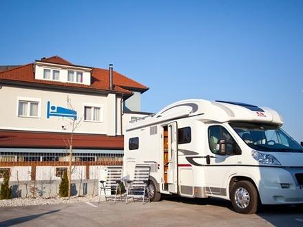 Camper stop Vrbinc campeggio , Ljubljana e dintorni