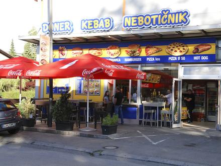 Imbisstube Doner Kebab Nebotičnik Ljubljana, Ljubljana und Umgebung