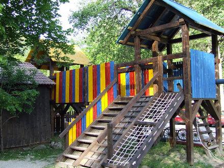 Gačnk in Log – Gasthof mit Zimmern – Übernachtungsmöglichkeiten, Cerkno