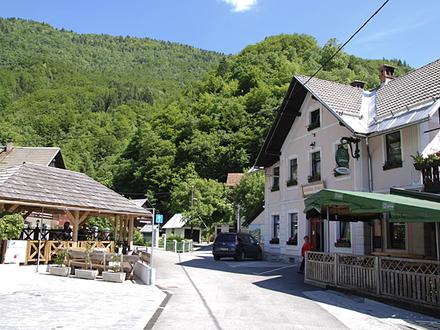 Gasthaus pri Hrvatu, Die Julischen Alpe