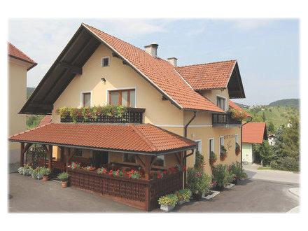 Pensione Repovž, Sevnica