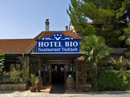 Hotel Bio, Il litorale