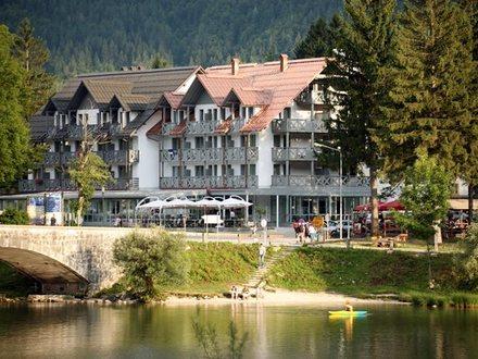 Hotel Jezero, Alpi Giulie