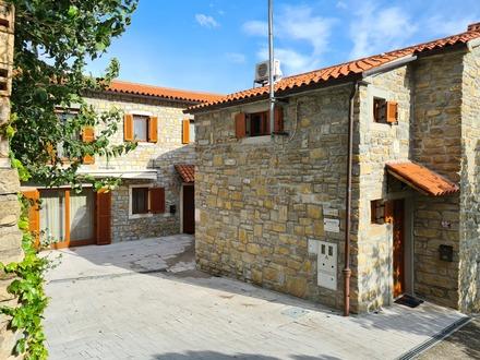 Istrske hiše Padna, Obala