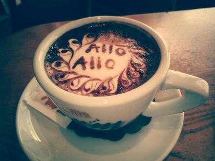 Café und Pub Allo Allo, Die Julischen Alpe