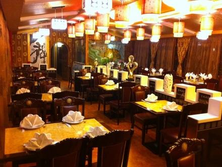 chinesisches restaurant cesarsko mesto ljubljana und umgebung. Black Bedroom Furniture Sets. Home Design Ideas