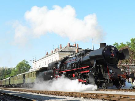 Muzejski vlak Transalpina Nova Gorica - Bled - Nova Gorica, Julijske Alpe