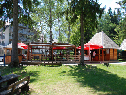 Imbissstube Pod brezo Bohinj, Die Julischen Alpe