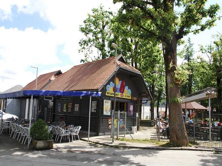 Kinderspielplatz Gibi - Gib , Die Julischen Alpe
