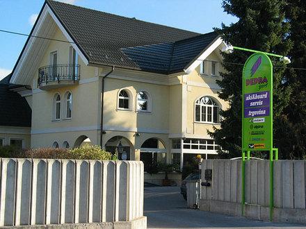Assistenza - negozio di sci Dedra Šport, Alpi Giulie