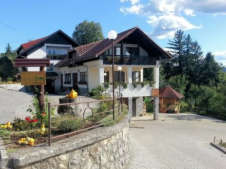 Camere Frankovič, Bela krajina