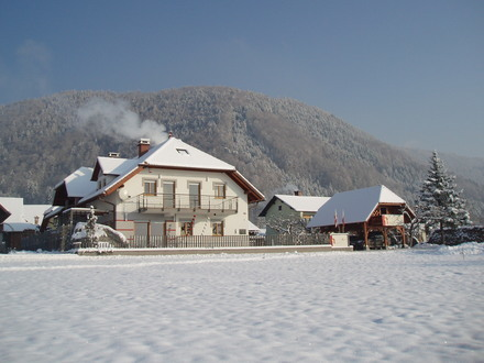 Paula apartments and rooms, Julian Alps