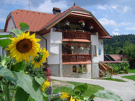 L'agriturismo con appartamenti Antonija, Alpi Giulie