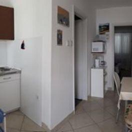 Apartments Zvezda, Küste