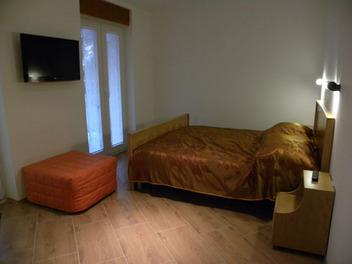 Appartamenti e camere Češnjev Gaj, Dobrovo v Brdih