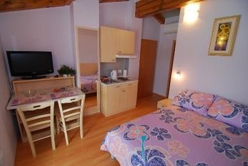 Apartment und Zimmer V mlinu  , Miren