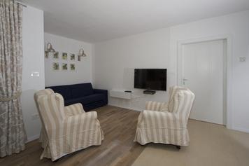 Apartments Mengore, Tolmin