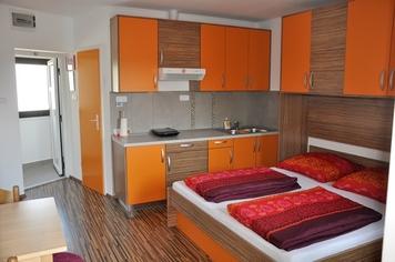 Apartmaji Paradizo Kras, Komen