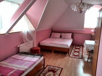 Gaststätte - Zimmer Jug , Maribor und das Pohorjegebirge mit Umgebung