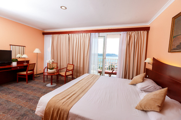 Grand Hotel Portorož - LifeClass Hotels & Spa, Obala