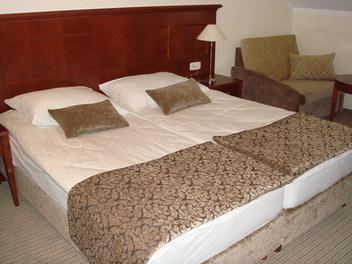 Hotel Čateški dvorec, Brežice