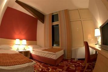 Hotel Harmonija    , Ljubljana z okolico