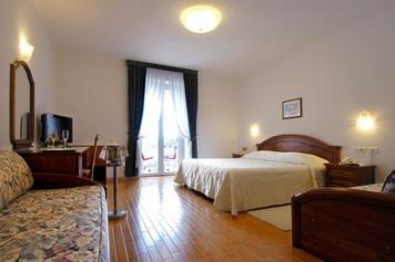 Hotel Marko, Il litorale