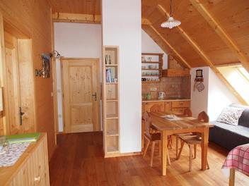 Hofgut Šenkova domačija auf Jezersko - Zimmer, Apartment, Die Julischen Alpe