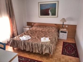 Camere Narobe, Ljubljana e dintorni
